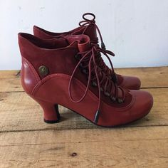 b598e38b71fa UK SIZE 4 WOMENS HUSH PUPPIES RED VIVIANNA WIDE FIT ANKLE BOOTS STEAMPUNK   HushPuppies