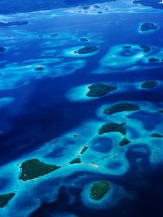 Solomon Islands - weaving through the lagoons