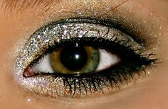 Black & silver glitter smokey eye look… perfect Saturday night make-up!