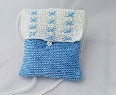 Check out this item in my Etsy shop https://www.etsy.com/listing/481518271/xs-blue-white-crochet-bag