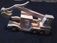 Veľký kamión s výmenou nadstavby za báger / LadislavKurnota - SAShE. Wooden Toys, Car, Wooden Toy Plans, Wood Toys, Automobile, Woodworking Toys, Autos, Cars