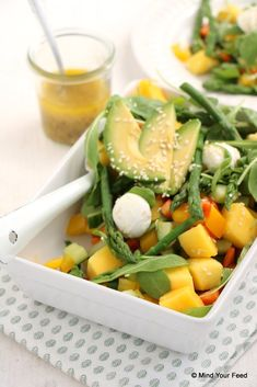 Salade met groene asperges en mango - Mind Your Feed