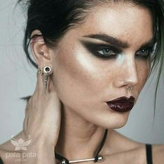 Gorgeous Makeup: Tips and Tricks With Eye Makeup and Eyeshadow – Makeup Design Ideas Makeup Trends, Makeup Inspo, Makeup Inspiration, Makeup Tips, Beauty Makeup, Makeup Products, Cartilage Jewelry, Septum Ring, Black Eye Makeup