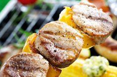 Ropogós, illatos grillhúsok - Recept | Femina Pretzel Bites, Sausage, Muffin, Bread, Bors, Breakfast, Morning Coffee, Sausages, Brot