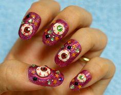 #halloween #halloweennails #spookynails #manicures #nails #prettynails