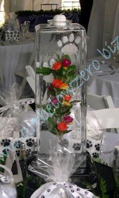 Ice Column Paw Print Centerpiece ice sculpture Ice Luge, Ice Bars, Ice Sculptures, Table Centers, Wedding Centerpieces, Design Art, Custom Design, Carving, The Incredibles