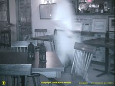 Real Gettysburg ghost photo.  The stamping at the bottom indicates this originated with Mark Nesbitt, who, as every Civil War student of the paranormal knows, is the leading expert on Gettysburg Ghosts.  In writing my first book on Civil War ghosts I deliberately avoided duplicating his work--which wasn't easy.  See Ghosts and Haunts of the Civil War: