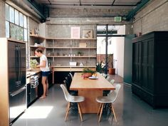 Living by - livingby: Plastic side chair Eames design Interior Exterior, Kitchen Interior, Interior Architecture, Industrial House, Modern Industrial, Ikea Industrial, Industrial Closet, Industrial Bookshelf, Industrial Windows