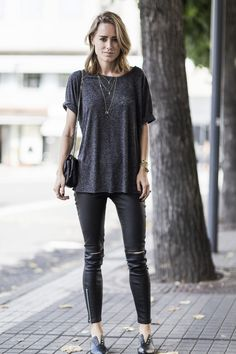anine bing outfit Spring Summer Fashion, Winter Fashion, Oxford Shoes Outfit, Minimal Outfit, Popular Outfits, Street Style Summer, Work Fashion, Winter Outfits, What To Wear