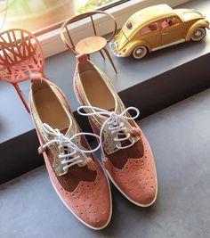 Lovidovi Charismatic Shoes - Handmade Gold Brown Oxfords #frauenpower #mandeinbih #handmade #ethical #stylish #slowfashion #leather #shoes #schuhe #oxford #gold #brown