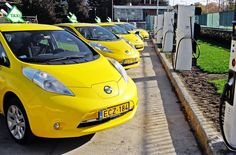 More than 200,000 Nissan LEAFs have now been sold worldwide — with the company hitting the new milestone just before the model's 5-year anniversary. The Nissan LEAF was first launched back in December 2010. http://cleantechnica.com/2015/12/12/nissan-leaf-passes-200000-sales-milestone/?utm_source=Cleantechnica+News&utm_medium=email&utm_campaign=e9e4dece2d-RSS_EMAIL_CAMPAIGN&utm_term=0_b9b83ee7eb-e9e4dece2d-332073605