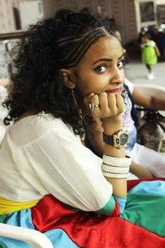 Girl named Aida sporting the Albaso hairstyle