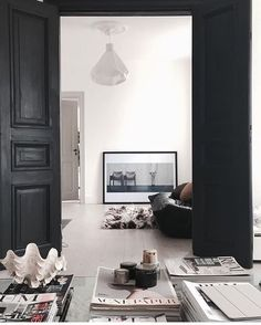 10 Outstanding Tricks: Minimalist Bedroom Inspiration Lamps minimalist home ideas decorating.Minimalist Interior Decor Modern Living minimalist home scandinavian interiors.Cozy Minimalist Home Desks. Minimalist Home Decor, Minimalist Interior, Modern Interior Design, Interior Styling, Interior Decorating, Minimalist Design, Decorating Ideas, Minimalist Bedroom, Contemporary Interior