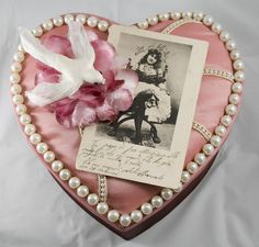 love this vintage candy box make over