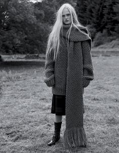 Contemporary Knitwear - oversized sweater & chunky knit scarf; black & white fashion editorial // Ph. Josh Olins