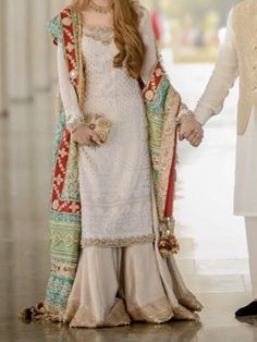 Nikkah Dress, Shadi Dresses, Pakistani Dresses Casual, Pakistani Wedding Dresses, Pakistani Dress Design, Indian Dresses, Mehndi Dress, Indian Designer Outfits, Designer Dresses