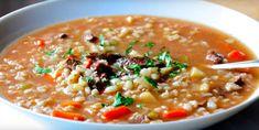 La préférée de tous : la soupe au BARLEY! - Recettes - Ma Fourchette Slow Cooker Beef, Slow Cooker Recipes, Crockpot Recipes, Cooking Recipes, Beef Barley, Barley Soup, Shawarma, Roasted Parsnips, Sauteed Vegetables