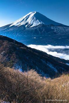 「春を待ちわびて」Mt. Fuji, Japan