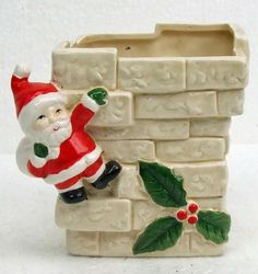 Vintage Retro Kitsch Christmas Santa Claus on The Chimney Pottery Planter Cottage Chic Detailed Bricks TNTeam