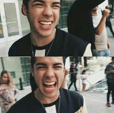 Su sonrisa.... Es la causa por la que sigo cada día