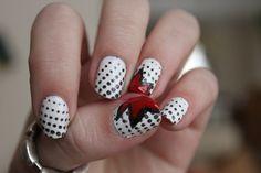Pop art nails that would make Roy Lichtenstein proud.
