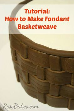 Tutorial on fondant basket weave Basket Weave Cake, Cake Basket, Basket Weaving, Cake Decorating Techniques, Cake Decorating Tutorials, Fondant Tips, Fondant Cakes, Fondant Bow, Cake Icing