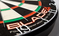 Winmau Blade 4 with steel tipped darts please