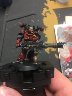 One of the 5 man unit of Red Corsairs. Very nice work and pose. Made by Simon Waitt Chaos 40k, Warhammer 40k Miniatures, Fantasy Miniatures, The Grim, Armies, Warhammer 40000, Space Marine, Miniture Things, Emperor