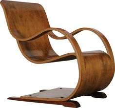 Designed by Garth Chester | Curvesse Chair