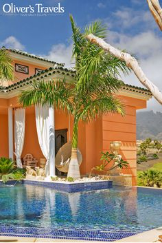 Grand Duchess is a large, romantic villa for two with its own heated pool, on the beautiful Spanish island of Tenerife.