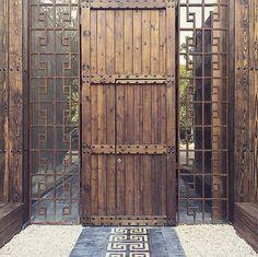 Busca imágenes de diseños de Casas estilo rústico}: Tulum, Riviera Maya. Encuentra las mejores fotos para inspirarte y y crear el hogar de tus sueños.