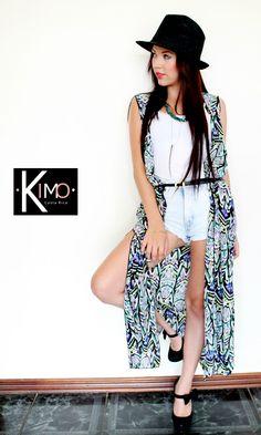 Hermoso chaleco largo, diseño orginal de KIMO. Hecho en seda mate, perfecto para playa y ciudad. Marca: KIMO Hecho en costa Rica Whatsapp 70164801