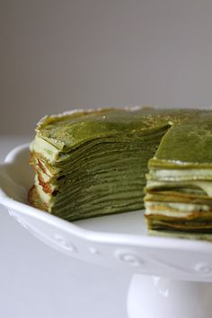 If it's not from someone else, I would never know about crepe cake. That's how I started making it, and it really surprised me. It's really easy to make. The simple stacking of crepe cakes and pastry cream results in a silky texture and delicious flavour. Again, it was another request of this green tea …