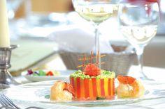 ANGERHOF SPORT & WELLNESSHOTEL****S in #bayern  #kulinarik #food #dinner #lunch #wine #hungry #gourmet #healthy # Alcoholic Drinks, Lunch, Wine, Table Decorations, Sport, Healthy, Food, Gourmet Cooking, Bavaria