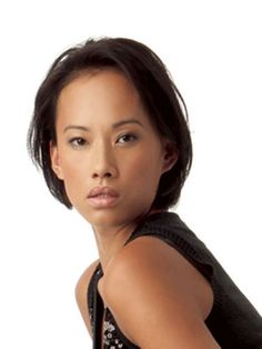 Real women show you how to turn celebrity hair disasters into smash-hit styles. Celebrity Bobs, Celebrity Hairstyles, Bob Hairstyles, Short Hair Cuts, Short Hair Styles, Running Hairstyles, Chin Length Bob, Inspirational Celebrities, Asian Hair