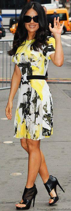 Salma Hayak - Petite Celebrity Style & Fashion Icon