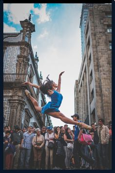 This photographer captures art within dance in the heart of Mexico City. Mexico City ballet dancers share the beauty of dance in the streets of Mexico Dancer Photography, Travel Photography, Ballet Beautiful, Life Is Beautiful, Land Of The Living, Visit Cuba, City Ballet, Cuba Travel, Space Photos