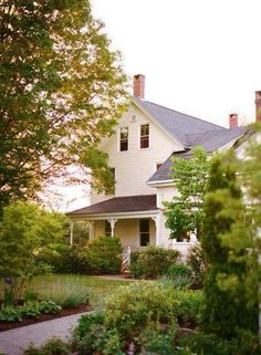 30 Awesome Old Country Farm Houses Images