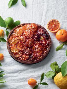 Discover more vegan recipes and vegetarian recipes in the new Slowly Veggie Source by mmtenerelli Orange Pie Recipes, Easy Pie Recipes, Easy Healthy Recipes, Vegetarian Recipes, Easy Meals, Gateaux Vegan, Orange Sanguine, Gateaux Cake, Blood Orange