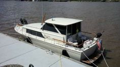 """1970 Chris Craft Cabin Cruiser 31 -1970 Chris-Craft Commander 31 in excellent condition. The beam is 11' 5"""" and she draws 28"""". This is the Sedan model with an enclosed pilot house, which creates a very roomy interior. She has twin, Chris-Craft 327Q marine engines with two 50 gal. fuel tanks. The Q model is fresh water cooled and ideal for use in fresh or salt water. - See more at: http://www.caboats.com/used-boats/9026.htm"""