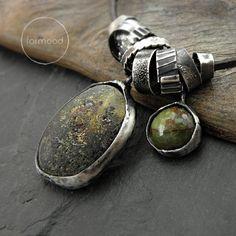 spin - naszyjnik z bursztynem i zoisytem / formood / Biżuteria / Naszyjniki