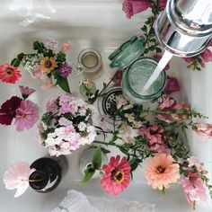 Filling vintage jars with pretty flowers is my idea of a great time