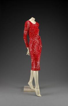 """Halston (American, """"Day Dress,"""" Indianapolis Museum of Art, Gift of David W. 70s Fashion, Fashion History, Timeless Fashion, Fashion Models, Vintage Fashion, Fashion Outfits, Vintage Couture, Vintage Vogue, Fashion Spring"""