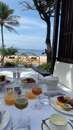 City Aesthetic, Travel Aesthetic, Luxury Homes Dream Houses, Luxury Life, Bali Travel, Luxury Travel, Around The World Cruise, Elite Hotels, Best Island Vacation
