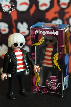 Andy warhol Games Against Humanity, Playmobil Toys, Big Girl Toys, Play Mobile, Living Dead Dolls, Famous Artwork, Heart For Kids, Designer Toys, Toys