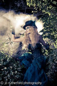 The dark side of Alice in her wonderland- photo shoot idea (this is one of my favorites)