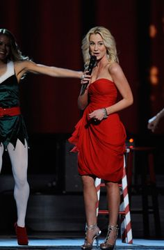 "Kellie Pickler offers a sassy version of ""Rockin' Around the Christmas Tree"" during ABC's 2011 broadcast of ""CMA Country Christmas"" (12/1/11)."