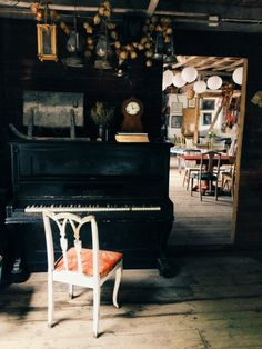 Rosenhill cider factory, Ekerö, Stockholm. #rosenhill #pianos #ekerö | screamingswifts