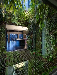 landscapearchitecture:     WOHA Design's office    (via level » Blog Archive » Urban Jungle)
