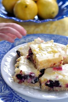 Lemon Blueberry Bars With Coconut Crust - bebehblog